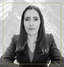 Dra. María Moreira - Vizcarra Viteri - Abogados Penalistas en Quito